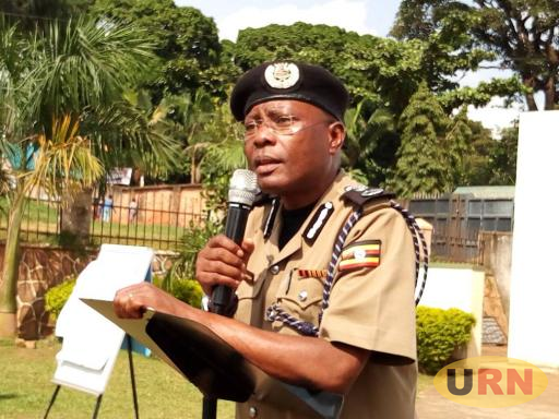 AIGP Kasingye addressing Kisenyi Residents